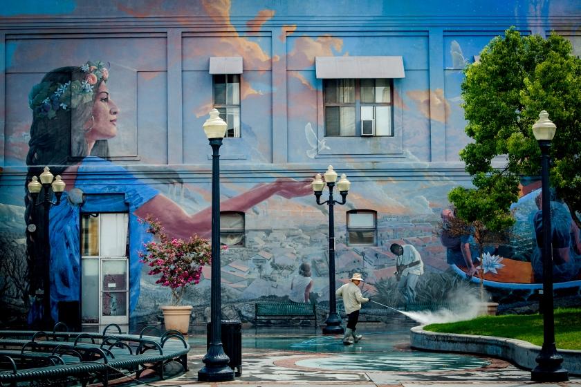 POMONA_Envisions the Future_Mural